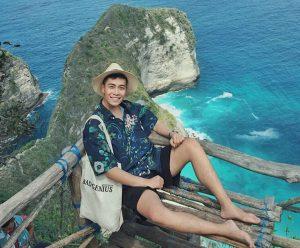 """Chỉ với 9 triệu, """"chàng trai có nụ cười tỏa nắng"""" đã """"oanh tạc"""" Bali như thế nào?"""