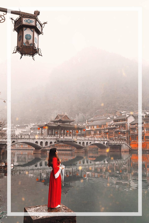 Phương Hoàng Cổ Trấn đẹp nao lòng | Vietnam Booking