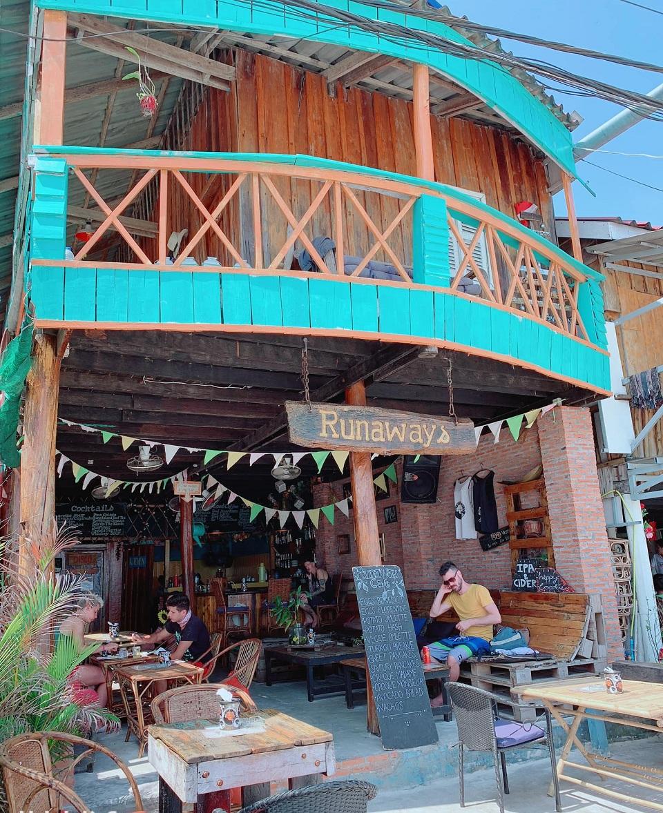 Nhà hàng đặc trưng ở đảo Koh Rong