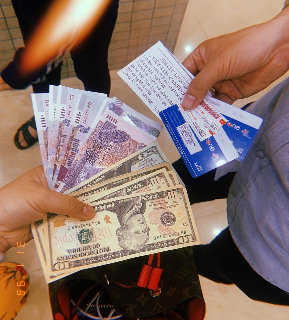 Tiền USD, Riel, sim điện thoại khi đi du lịch Campuchia | Vietnam Booking