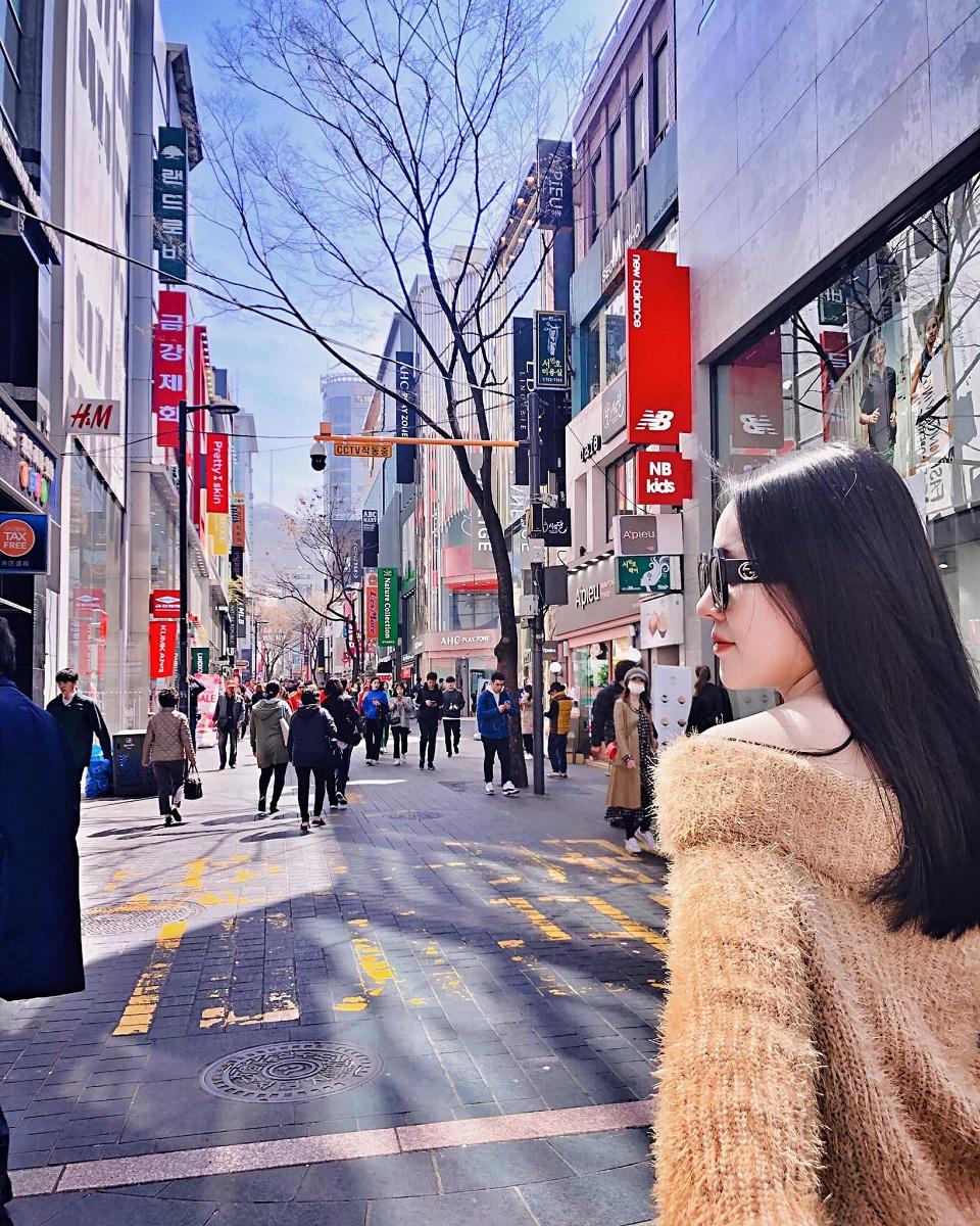 Đường phố Hàn Quốc sạch sẽ hiện đại