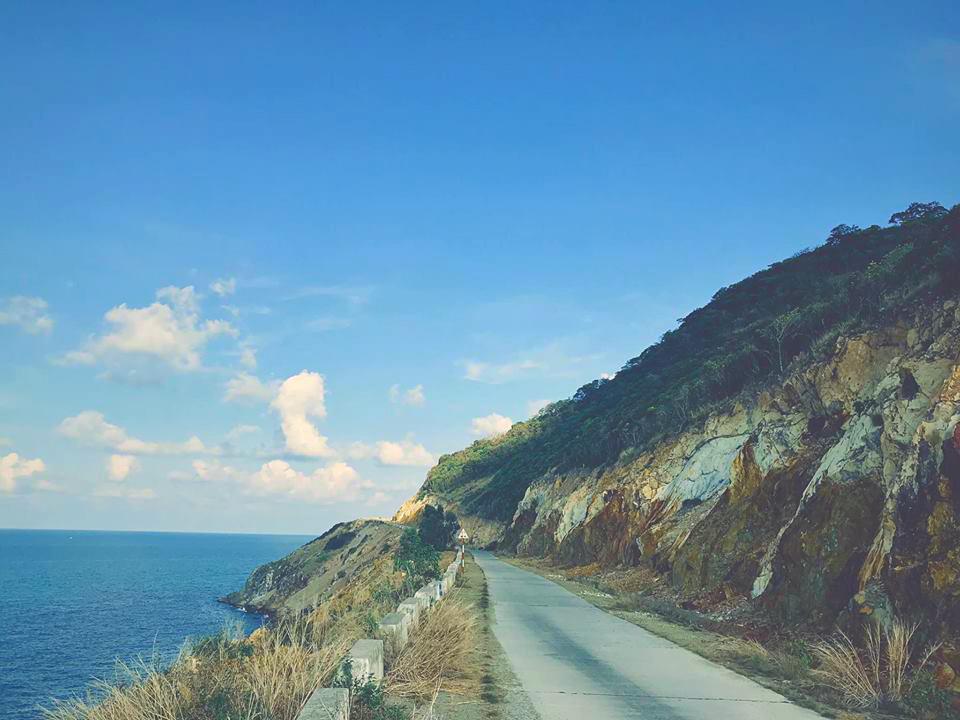 con đường quanh đảo Nam Du