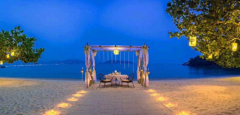 Ăn tối trên bãi biển ở Phú Quốc